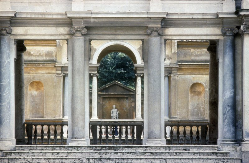 Rome B2 Villa Giulia 005.jpg