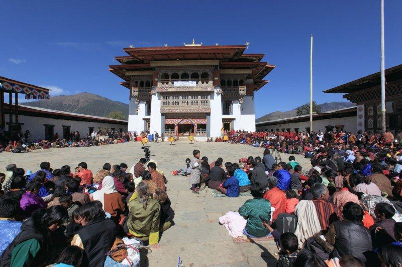 Festival crowds at Gangtey Goemba