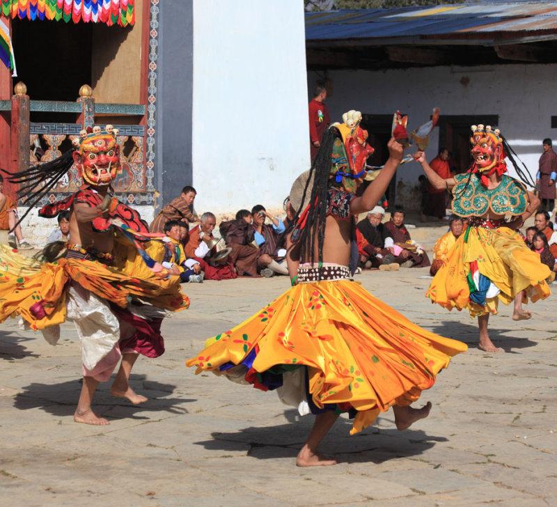 Mask dance, Black-necked Crane Festival