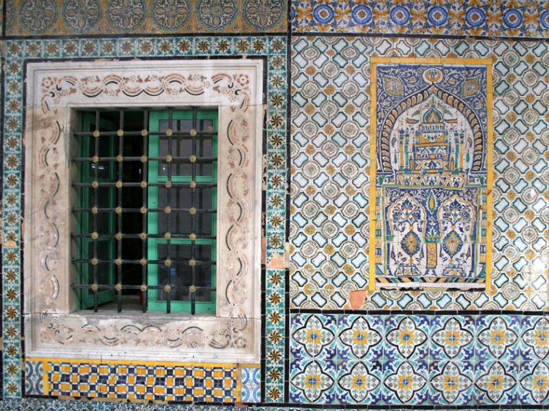 Exquisite tile work, Gurgi Mosque