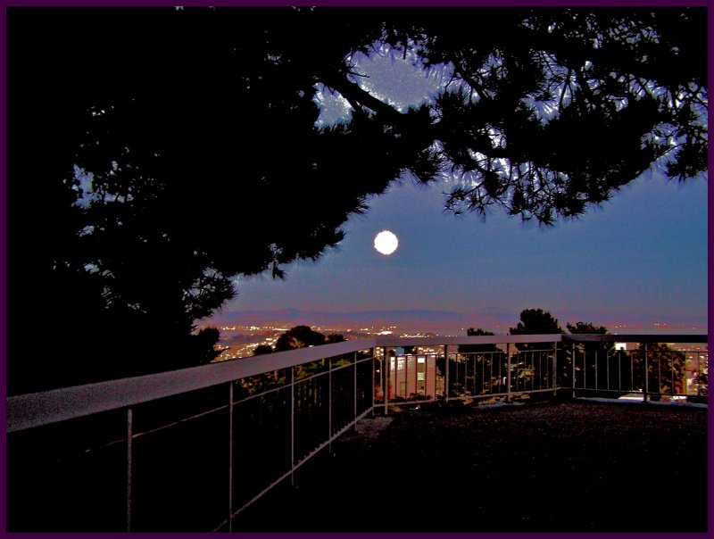Full moon from McClaren Park.jpg