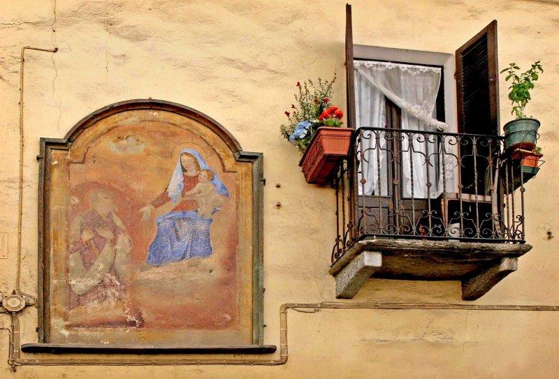 Varollo Pombia ,Italy