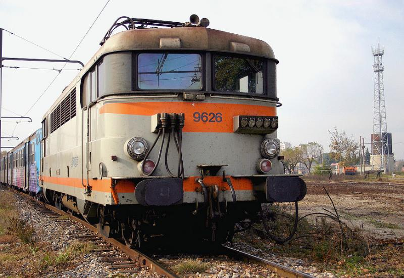 The BB9626 waiting for a new service at Avignon.