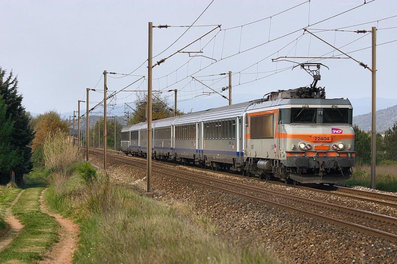 The BB22404 near Gonfaron, heading to Nice.