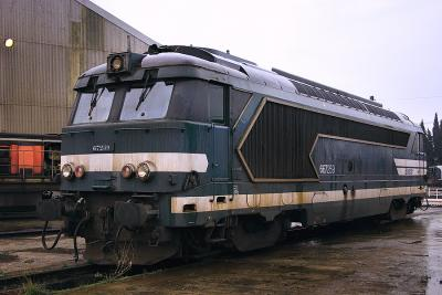 The BB67259 in his classic color scheme (at rest at Avignon depot).