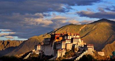 Potala winter palace of the Dalai Lama.