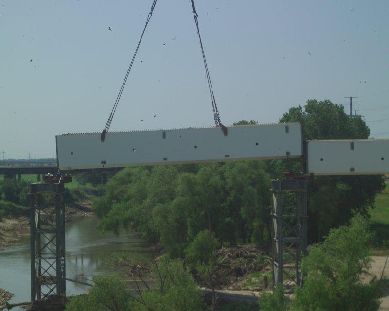 calatrava bridge and singleton 025.JPG