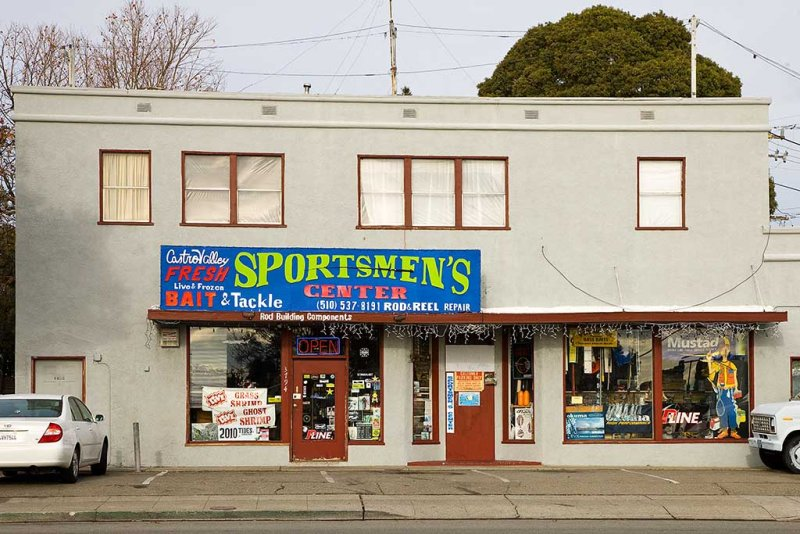 Sportsmans Center