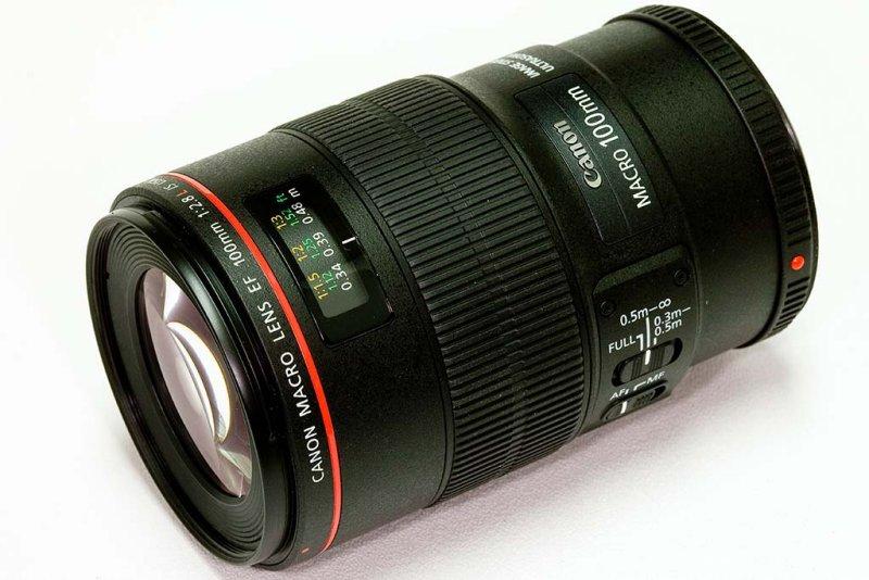 Canon Macro Lens EF 100mm f/2.8 L IS USM
