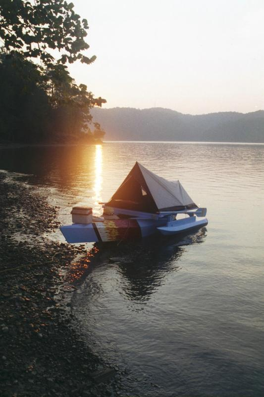 Kayak in RowYak/houseboat mode