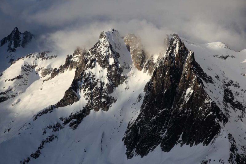 Phantom (Center) & Spectre Peaks <br> (NPickets021609-_07adj2.jpg)