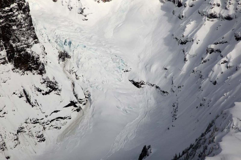 Deming Glacier Icefall & Avalanches <br> (MtBaker021510-34.jpg)