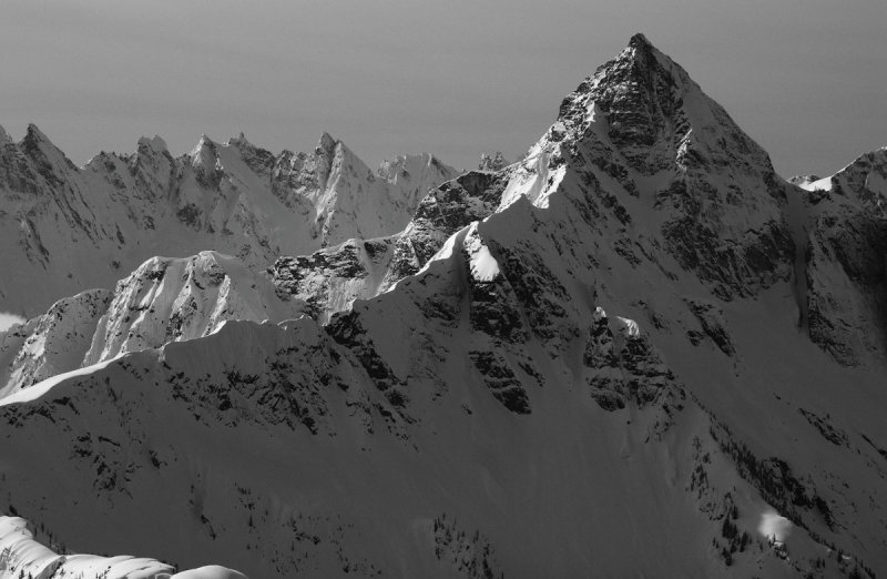 Luna Peak & The Southern Picket Range <br> (Pickets030510-32.jpg)
