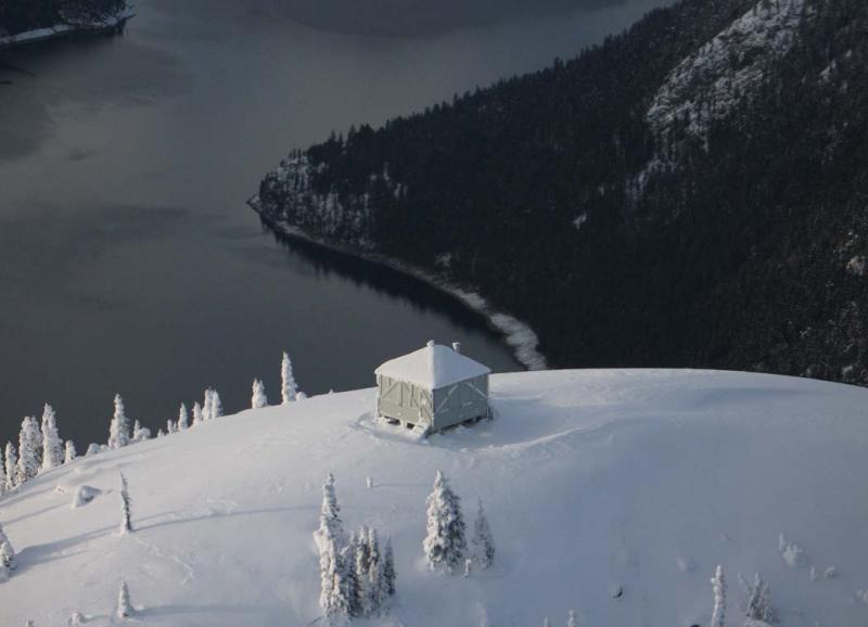 Desolation Lookout & Ross Lake <br> (Desolation120605-06adj.jpg)