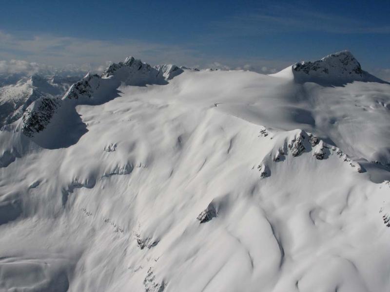 Walrus Glacier & Clark Mt (R) (DakobedTenPks031206-040adj.jpg)