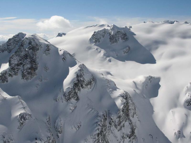 Honeycomb Glacier, View SE (DakobedTenPks031206-091adj.jpg)