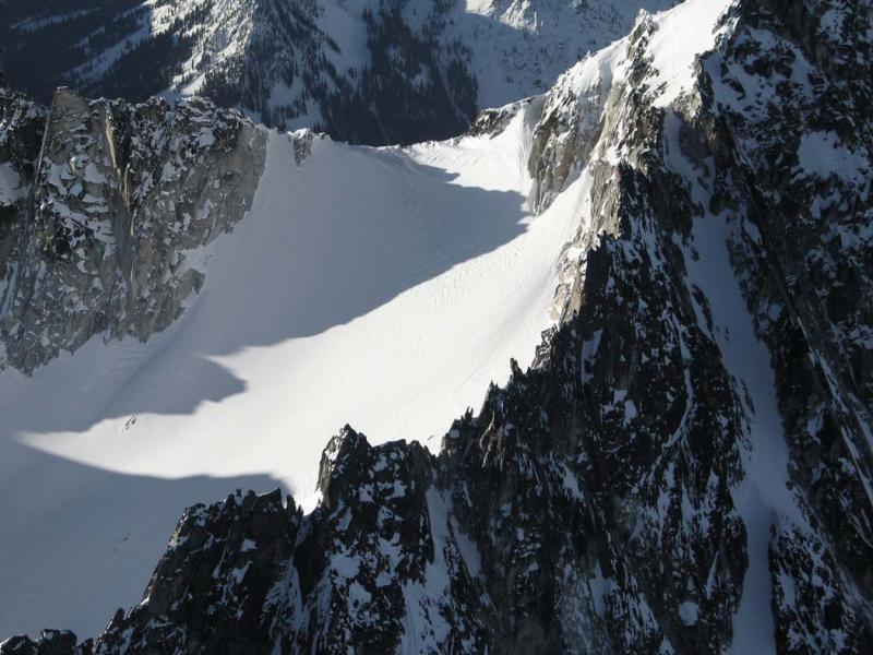 Dragontail, Summit Ridge, View S<br>(StuartEnchantments020906-104adj.jpg)