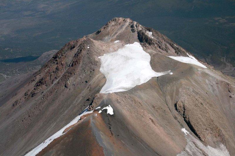 Shasta, Summit Detail, View E <br> (Shasta082907-_174.jpg)