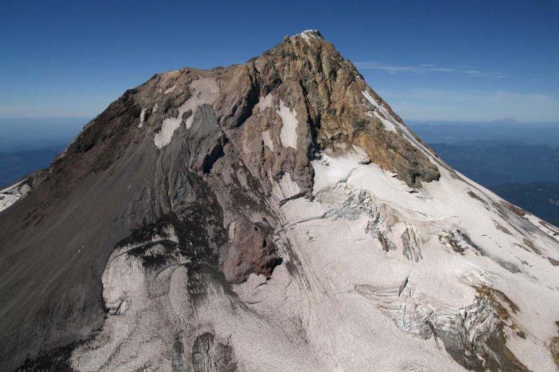 Hood, Upper Newton Clark Glacier/E Face <br> (Hood082407-_088.jpg)