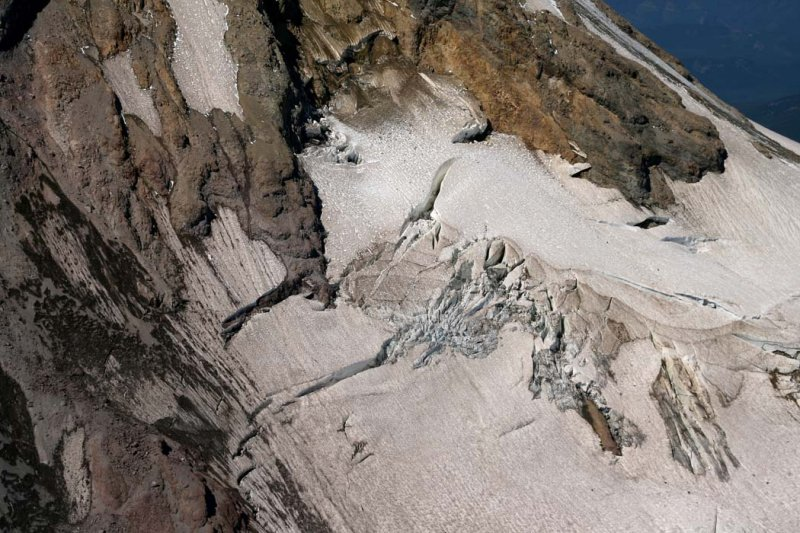 Hood, Upper Newton Clark Glacier Detail <br> (Hood082407-_136.jpg)