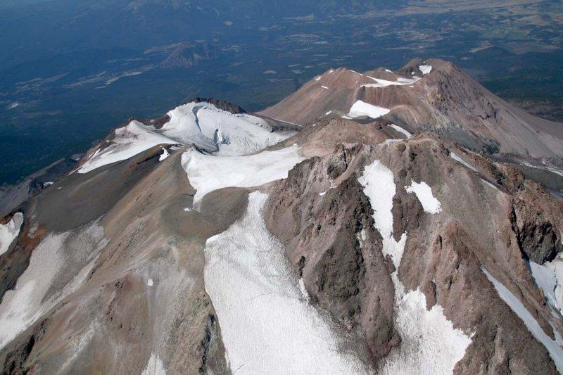 Shasta:  Summit/Upper E/NE Face <br> (Shasta082907-_185.jpg)