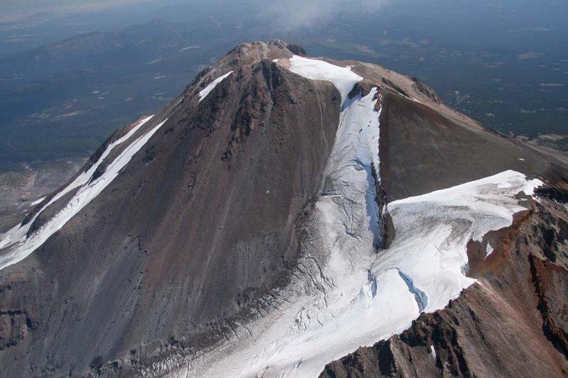 Shasta:  Upper Whitney Glacier/NW Face, View SE <br> (Shasta082907-_196.jpg0