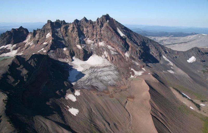 Broken Top:  NE Face & Bend Glacier, Main Segment <br> (BrokenTop082907-_10.jpg)