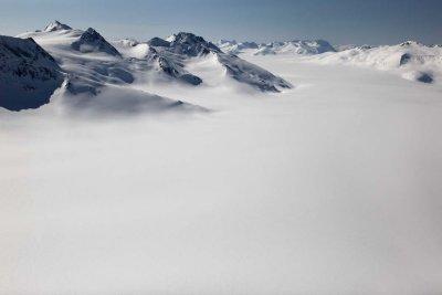 Cambria Icefield, View SW <br> (CassiarCambria043009-_081.jpg)