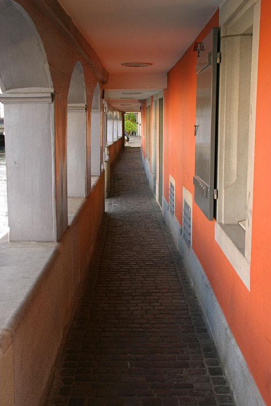 A narrow lane