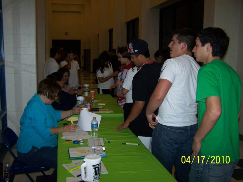 Alex Powerlifting-After Prom 116.jpg