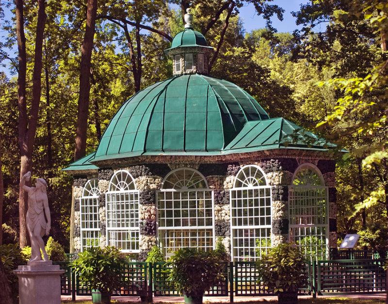 Peterhof Gardens1