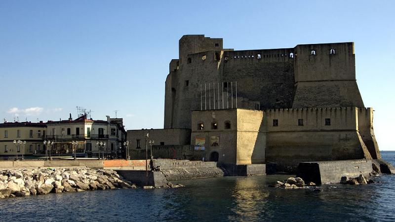 Fort over Bay of Naples.jpg