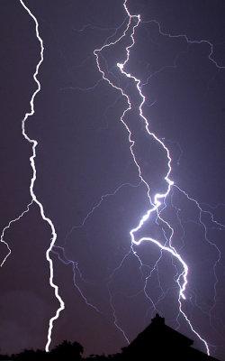 lightning_61005_jcascio.jpg