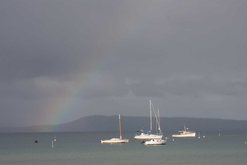 17 august Rainbow above the Bay