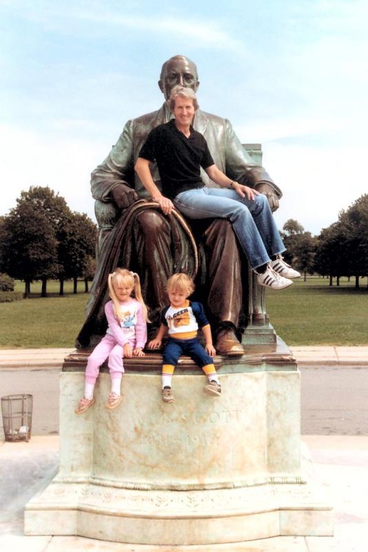 scanned James Scott statue Belle Isle 9-84