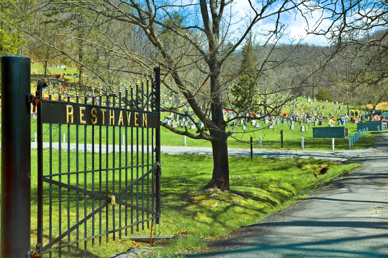 RESTHAVEN CEMETERY,  LOYAL KENTUCKY