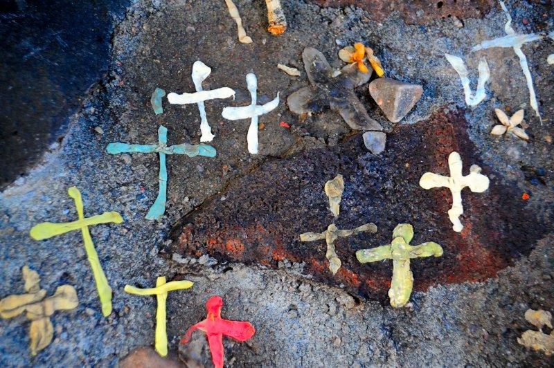 Sanctuario Gum Crosses
