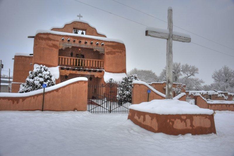 St. Thomas, Abiquiu