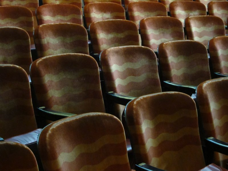 Newsreel Theater