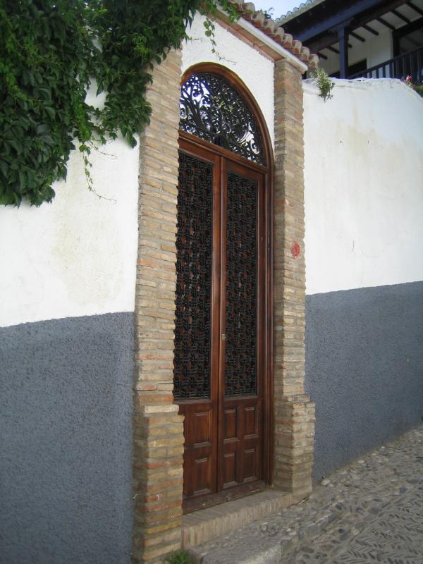 El Albaicín Doorway 04
