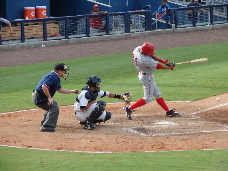 Neftali Soto hits a ground ball to third