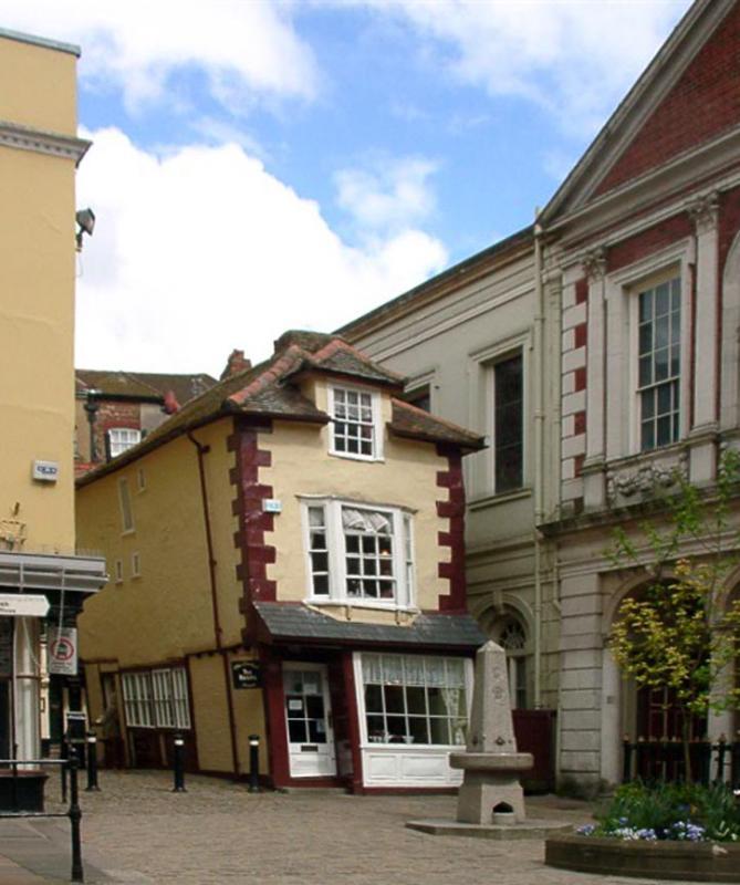 Crooked Tea House