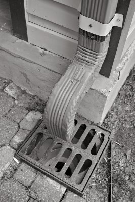 Benny and Jerrys Downspout B&W