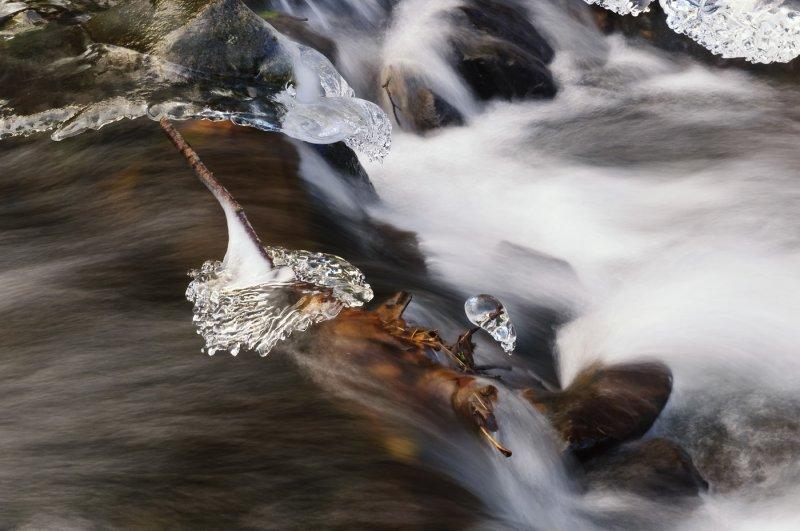 Wahkeena Creek Ice
