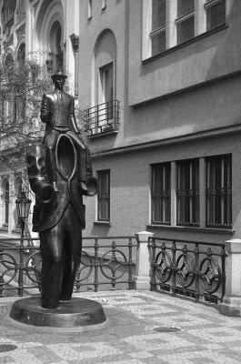 Franz Kafka-monument, i Josefov-bydelen
