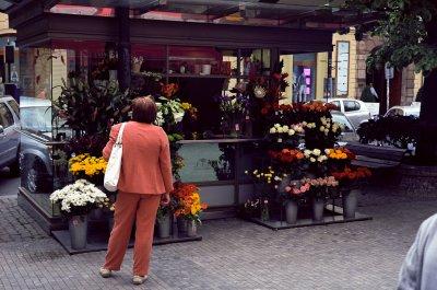 Dag to. Blomsterbod i Na Prikope-gaten