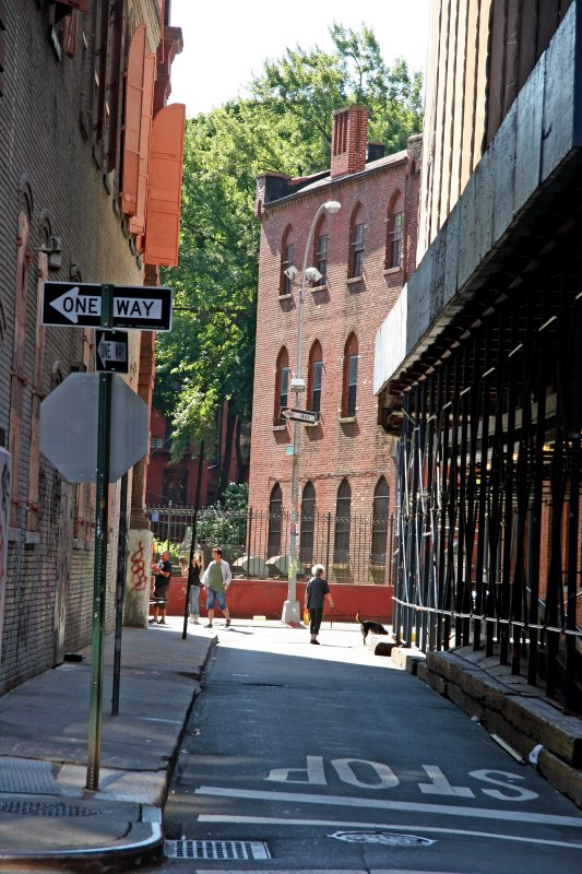Street View toward Mulberry Street