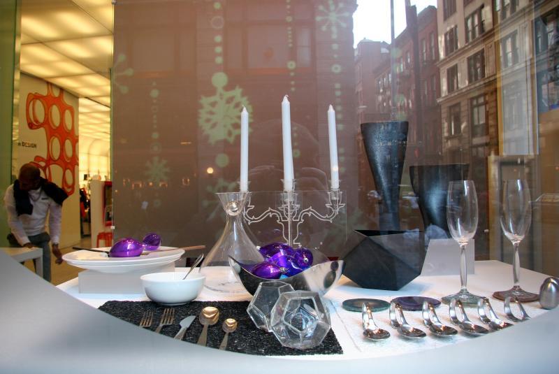 MOMA Giftshop -SOHO Reflections