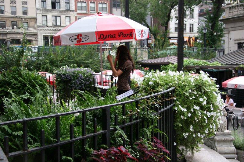 Entrance To Luna Park Cafe