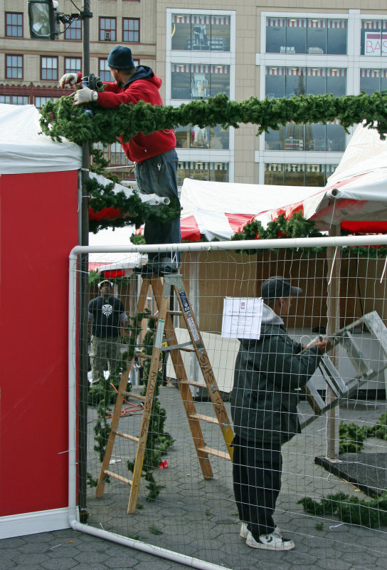 Setting Up Holiday Shops